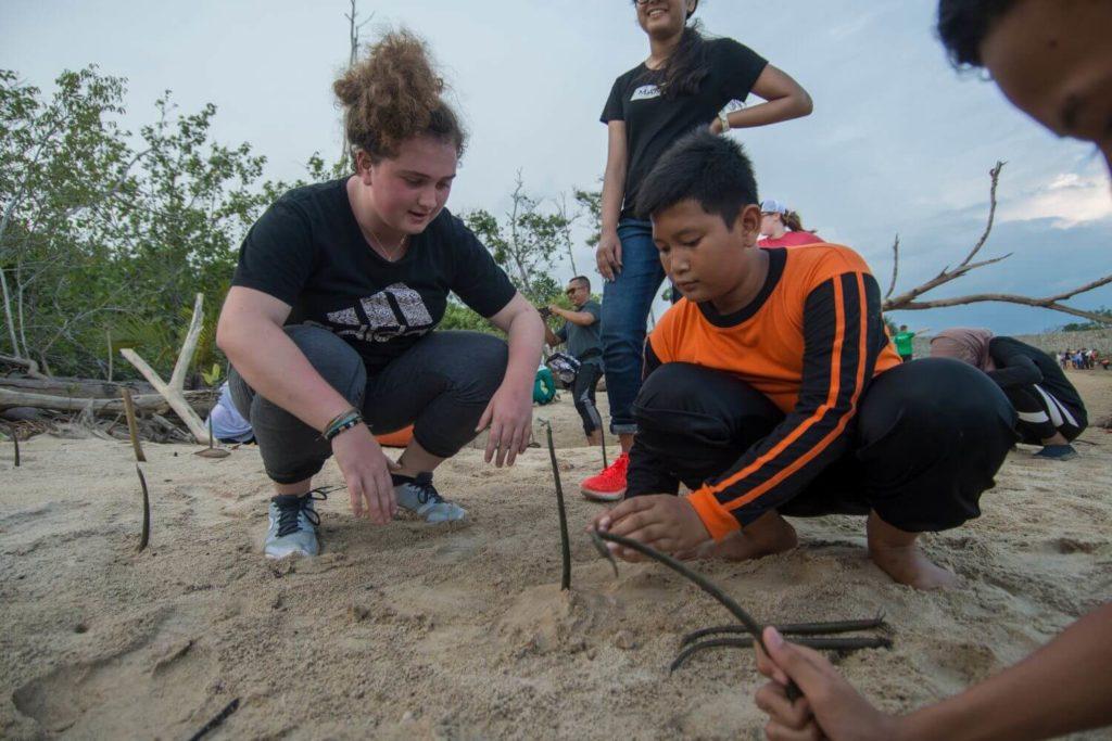 biology field trip marine conservation school trip in Malaysia